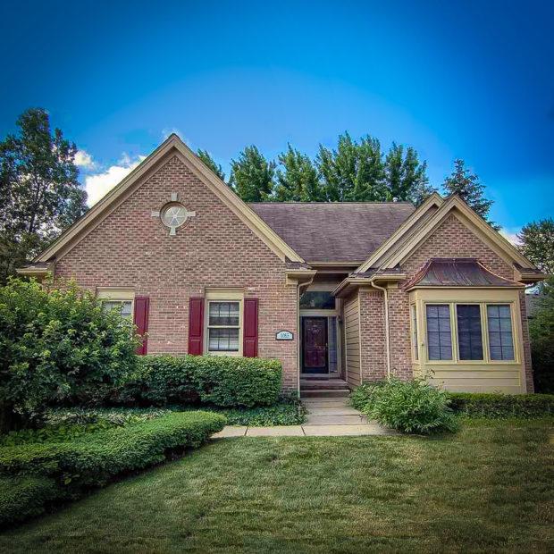 Homes for Sale in Sugar Creek, Rochester Hills, MI