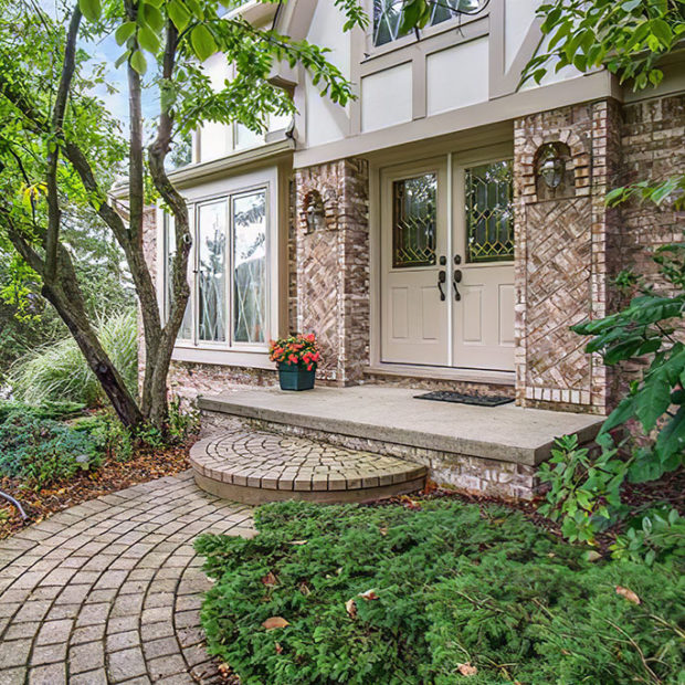 Homes for Sale in Valley Stream, Rochester Hills, MI