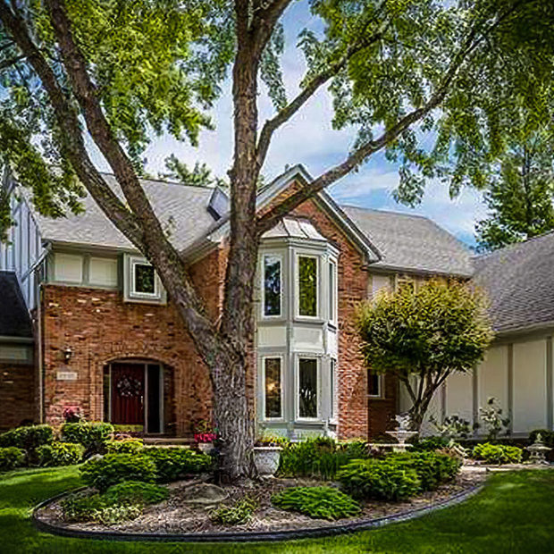 Homes for Sale in Pointe Place, Rochester, MI